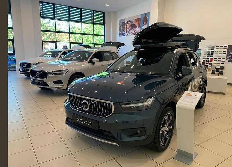 Volvo V60 D4 (190bhp) R-Design Lux Nav DRIVER SUPPORT PACK, 2 SERVICES INCLUDED! * (Family & Winter Packs, Sat Nav, Full Leather Seats)