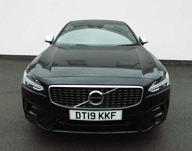 Volvo S90 D4 R-Design Automatic (Winter Pack, Lane Keeping Aid, Sensus Nav, Front & Rear park Assist)