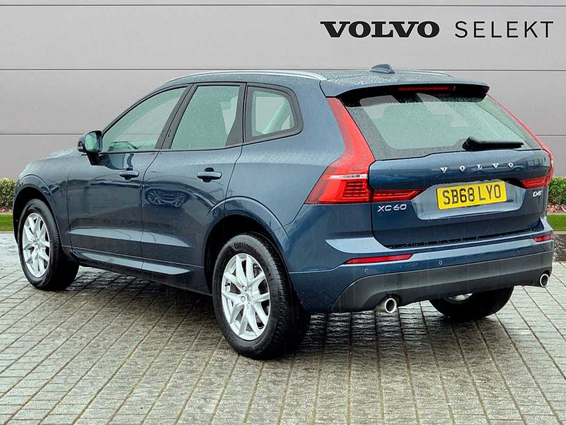 Volvo XC60 II ALL WHEEL DRIVE D4 AWD Momentum Automatic