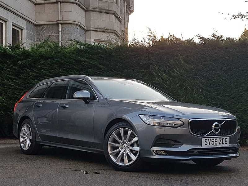 Volvo V90 D4 Momentum Plus Automatic (National Delivery£95, Keyless Entry)