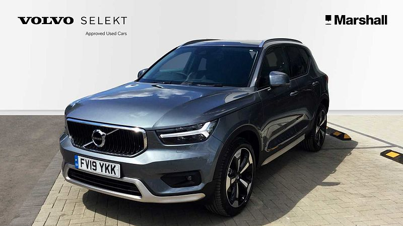 Volvo XC40 D3 Momentum Pro Automatic Exterior Styling Kit, Rear Camera, 20' Alloys, Apple Car Play, Keyless,