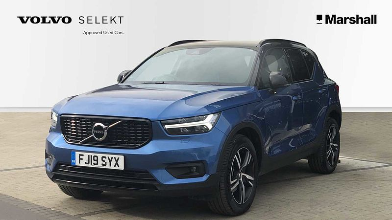 Volvo XC40 D3 (150bhp) R-Design Automatic, 2 SERVICES INCLUDED! * Winter Pack, Heated Front Seats, Heated Windscreen, Power Operated Tailgate